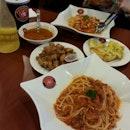 spicy Chicken Pasta, Beef Bolognese,  Minestrone, Honey Lemon Jello, Fried Chicken, Garlic Bread.
