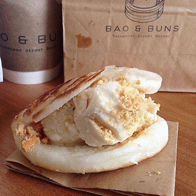 Sweet bao- Baked Bao with Thai Ice Cream @ Bao and Buns,  Sukhumvit 33