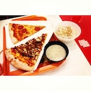 Manhattan pizza @ orchard central.
