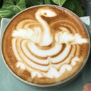 @rgbcoffee , very special #flyingbirdlatteart by #barista Paul !