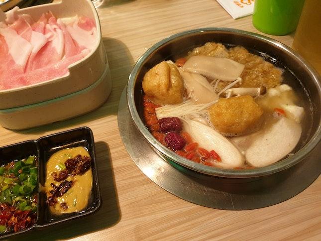 Herbal Soup Buffet Hotpot
