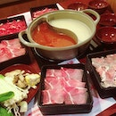 Yummy meat galore shabu shabu buffet for the sis's early birthday celebration b4 her 3 week trip to Korea :)