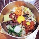 Gogung's most famous dish- Jeonju traditional bibimbap, so colorful & yums #foodporn #food #yum #korea #seoul #myeongdong #gogung #bibimbap
