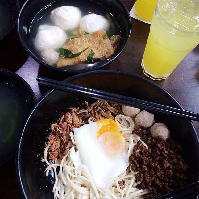 Was in the area and finally had the chance to try the legendary dry ban mian from KL.