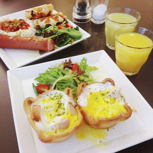 Brunch at pies & coffee..