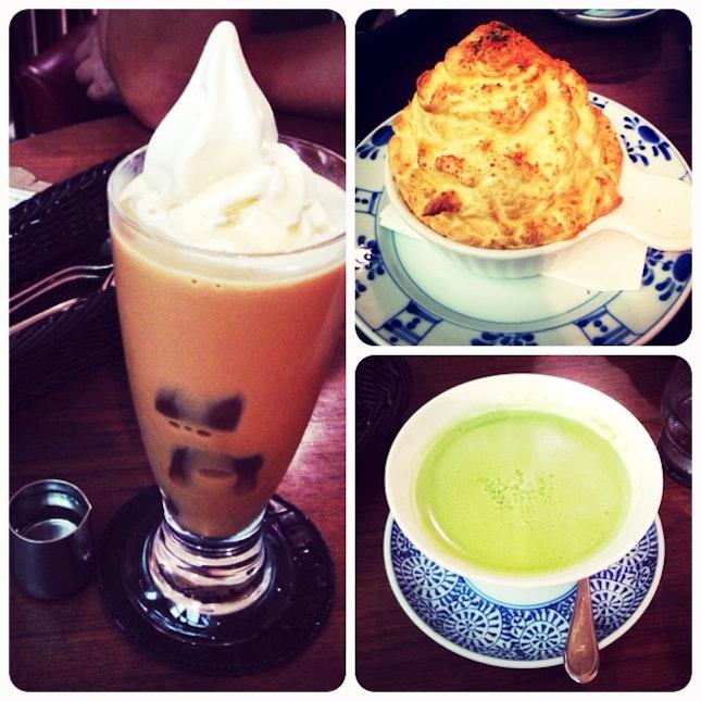 iced latte with softee, fuwa fuwa souffle, matcha latte