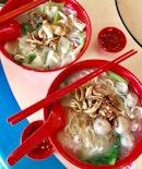 mee hoon kueh (clams) x U-mian (meatball + minced pork)