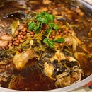 Steamed Fish with Preserved Vegetables on Hot Plate (Seasonal Price)
