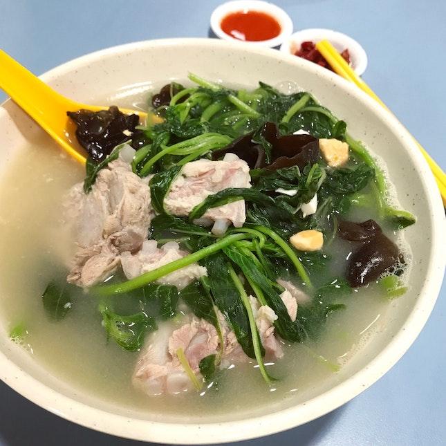 """""""原味鲜汤 Original Soup"""" Is Good Value And Tasty"""