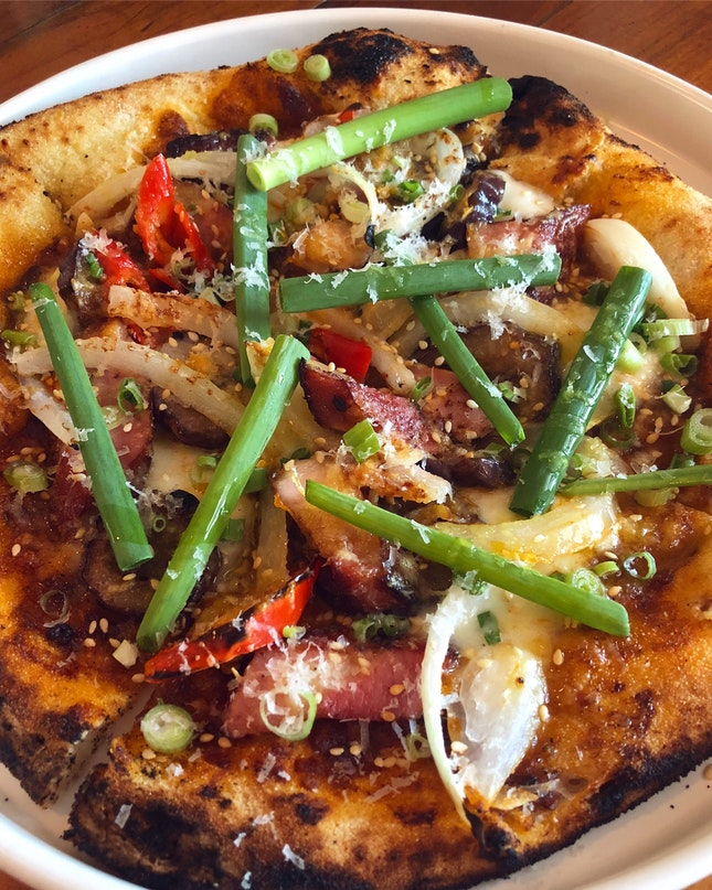 """NEW On The Menu: PIZZAS. And This """"Chinatown Special"""" Is A Must Try ($23++)"""