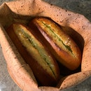 Outstanding Garlic Bread