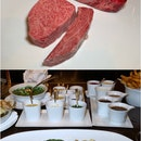 One MICHELIN Starred CUT by Wolfgang Puck's Steak Tasting Platter is heaven for meat-lovers who want it all!