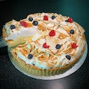 If You Love Lemon-flavoured Bakes, This NEW Lemon Meringue Pie Is A Must Try! ($65 before GST)