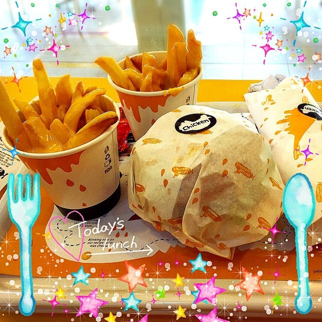 #yellowsubmarine for #lunch #shiok #super #cheesy #fatgal #singapore #tpy #sg #burpple #Rakugacute