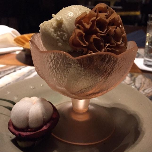 Durian Ice Cream & Sesame Wafer