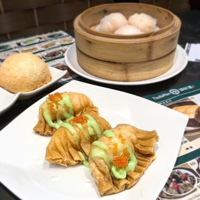 Rainy mornings are made for piping hot dimsum.
