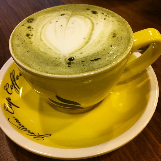 A treat to a yellow cup of Matcha Latte ($6.90) for an intensive  back to back conference call!☎️ #rachfoodadventure #sgfood #sgfoodie #igsg #burpple