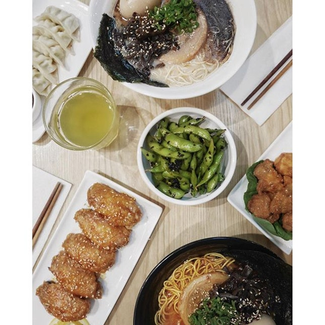 Rainy day calls for a hot bowl of delicious Ramen at @kanshokuramen.
