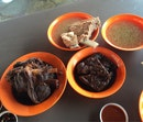 Han Jia Bak Kut Teh & Pork Leg (East Coast Lagoon Food Village)