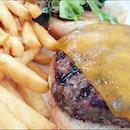 Smokey's Burger