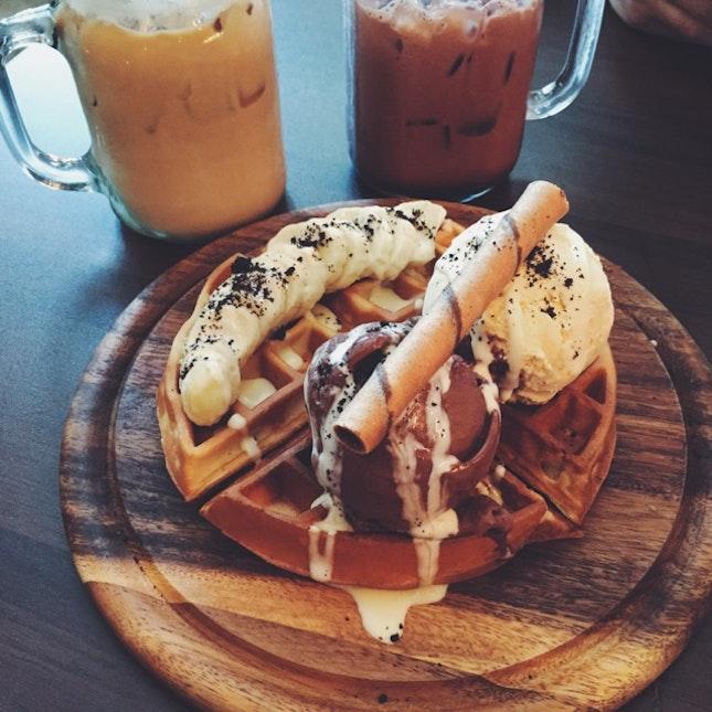 Froth's Banana Waffles