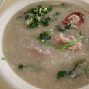 I had been wanting to try this Cantonese Porridge for Years Finally I got the chance.