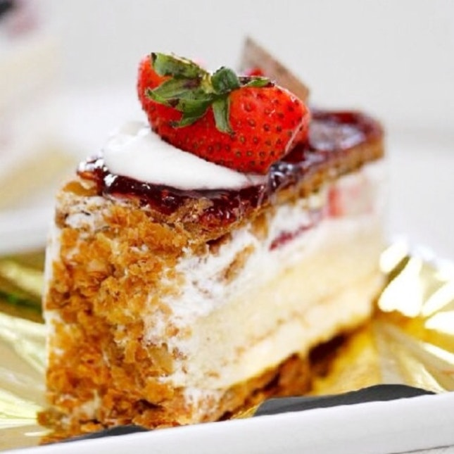 For Expertly Classic Cakes