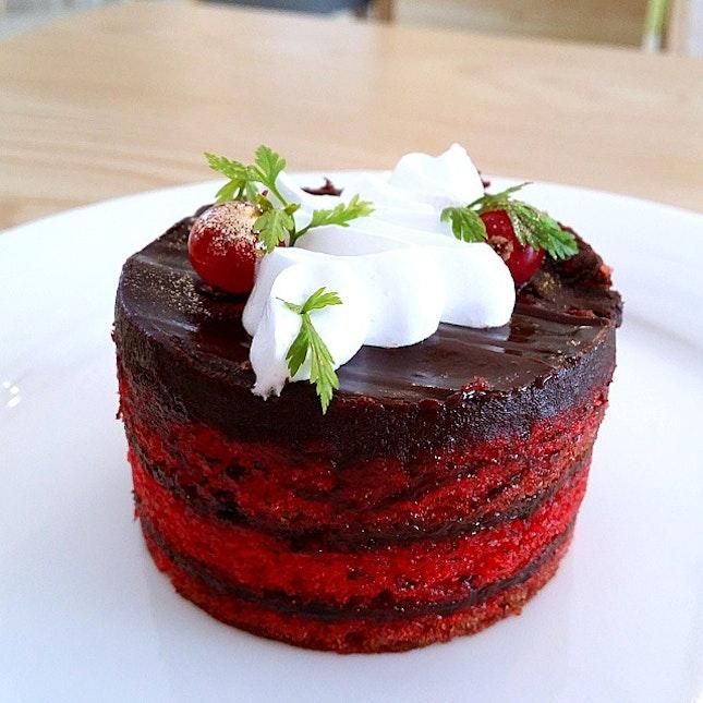 For Beautiful Cakes at Lorong Kilat