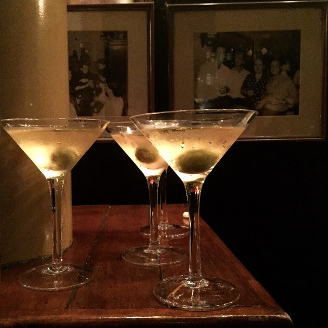 Somerset Friday Part 2: Ridiculously Cheap Martinis