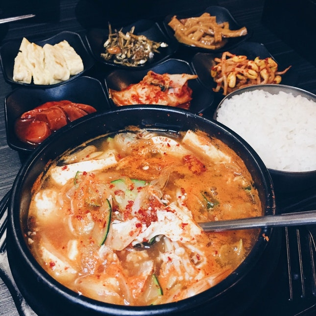 For Homestyle Korean Food with Tasty Side Dishes