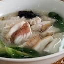For Opulent Seafood Noodles