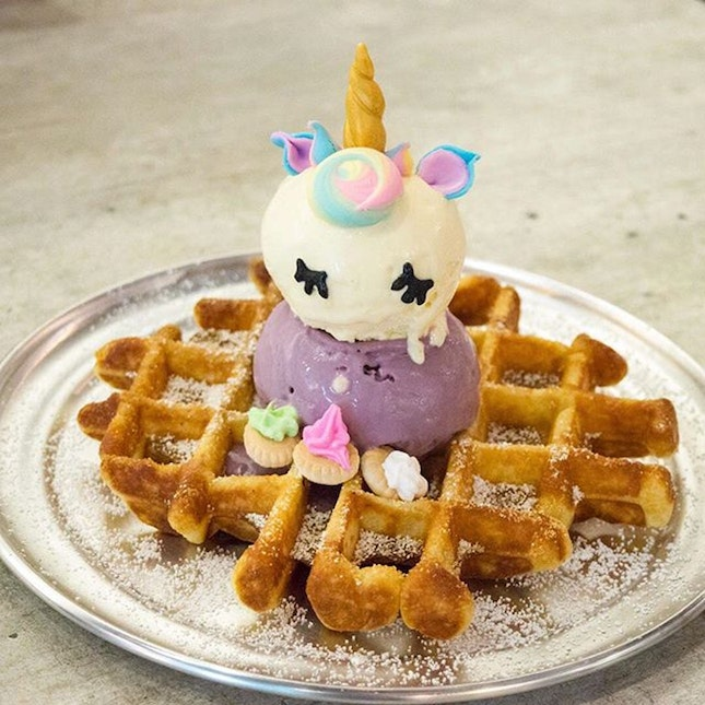 For 1-for-1 Signature Whoaffle Set (save ~$21)