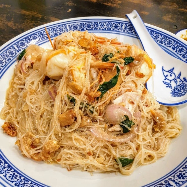 For Elevated Prawn Noodles and More