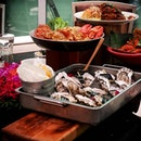 [10 At Claymore] • From the 1st April to 30 April, get to indulge in Oysters and Lobsters, with 5 different types of oysters from Canada, France, Ireland, New Zealand and USA.