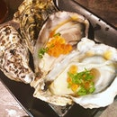 #burpple | palm sized and super fresh #oysters with #ikura
