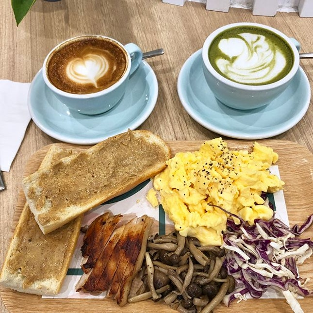 #burpple | quite a disappointing #brunch @twohanasg We had the $5 brunch set between 8am to 11am which comes with one egg #scrambled 2 cinnamon toasts side salad and a cup of coffee.