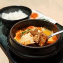 🇰🇷Sundubu with 🇯🇵Miso Had their Kuro-Buta Sundubu with Japanese Miso soup base at Spicy Level 2 .