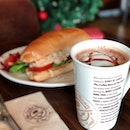 Still #inthemoodofchristmas chillax @coffeebeansg enjoying their Double Chocolate Strawberry Latte and Xmas Turkey Sandwich🤪 Have joy un-boxing presents on Boxing Day IGers!