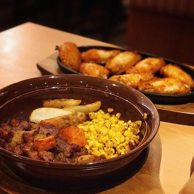 Chicken Stew with some Chicken Wings 📍Saizeriya .