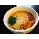 """Shanghai Noodle Soup with Sliced Pork in """"Szechuan"""" Style for early lunch!"""
