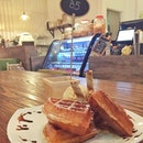 Situated just opposite Astons at Changi Village, this laid-back cafe serves pretty decent ice cream and waffles!