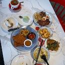 One Stop Hainanese Theme Restaurant