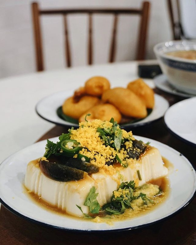 my favourite dish from @currytimessingapore - chilled tofu with century egg, $7.50.