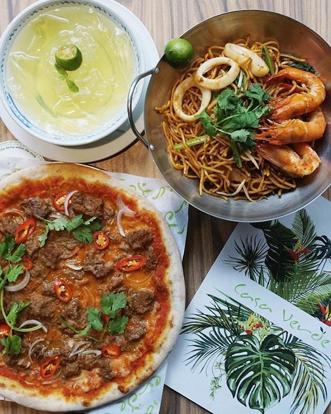 casa verde's take on a local favourite: beef rendang pizza ($25 nett).