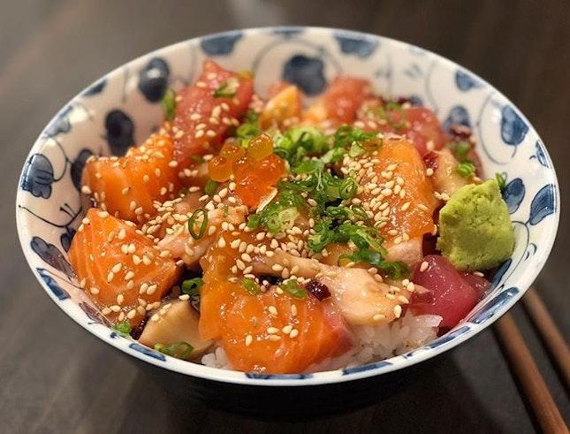 Bara Chirashi Don ($12.80) 🍣 ⭐️ 4/5 ⭐️ 🍴Back for more affordable and yummy chirashi at #sushirosg.