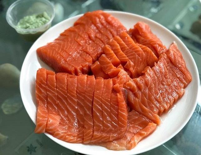 Salmon sashimi (~$30) ⭐️ 4.5/5 ⭐️ 🍴My family's favorite place to get fresh salmon #sashimi!