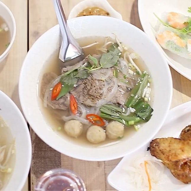 A new Vietnamese restaurant that specialise both the popular streets food of the southern and northern parts of Vietnam.