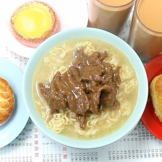 Beef Satay Instant Noodles are one of must-haves in a Hong Kong Cha Chaan Teng.
