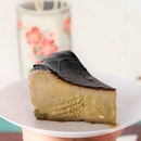 This Hojicha Basque Burnt Cheesecake has just the right amount of molten-ness and richness in terms of cheese.