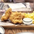 <🇩🇪> Nur die Harten kommen in den Garten <🇬🇧> Only the strongest survive • 🐟: Fish & Chips - S$18.90++ 📍: @paulbakery_sg Singapore
